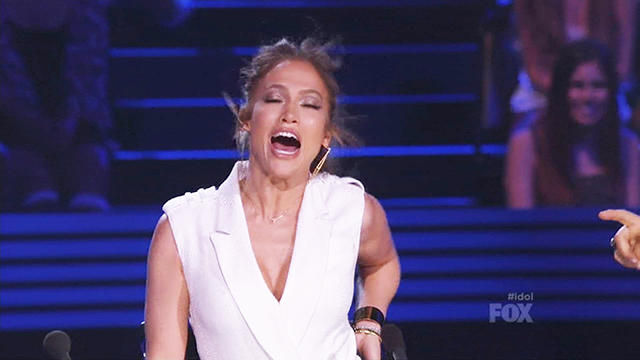 News video: J.Lo Whips 'Idol' Judges & Fans Into a Frenzy